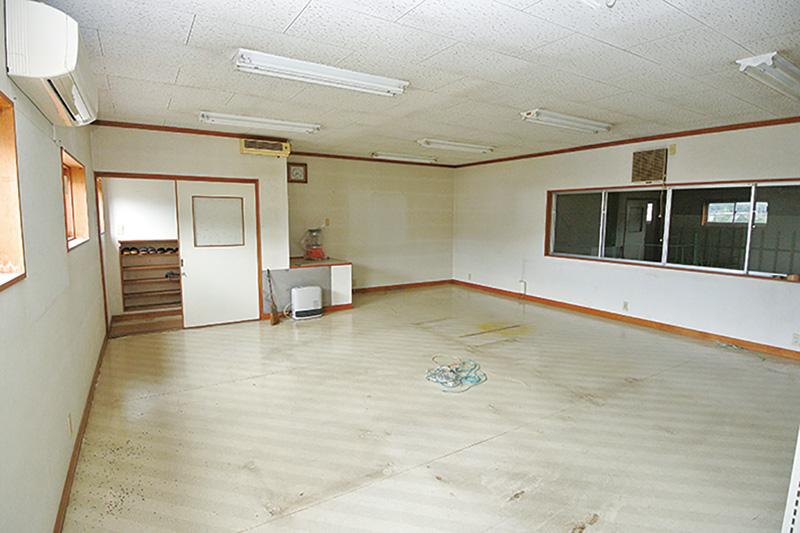 倉庫・2階(事務所)