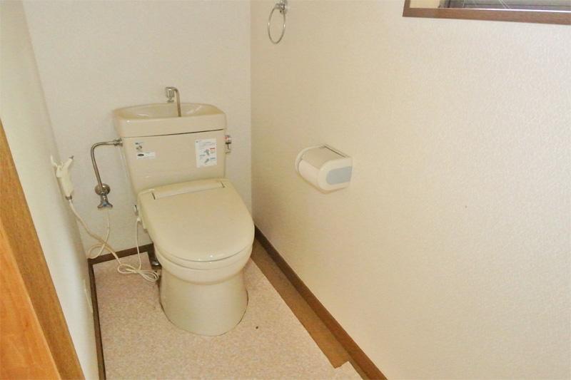 離れ2階・トイレ