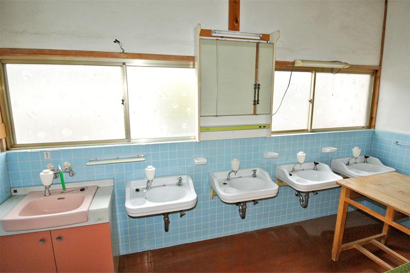 二階・洗面所