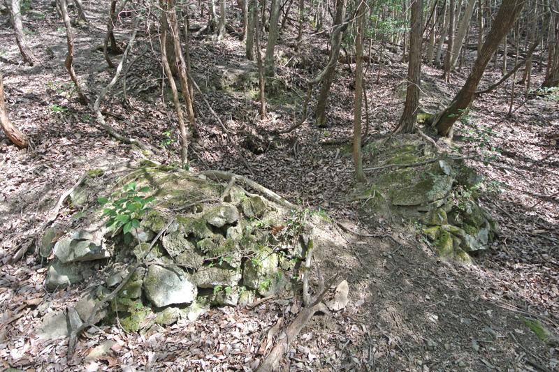 炭焼き窯跡