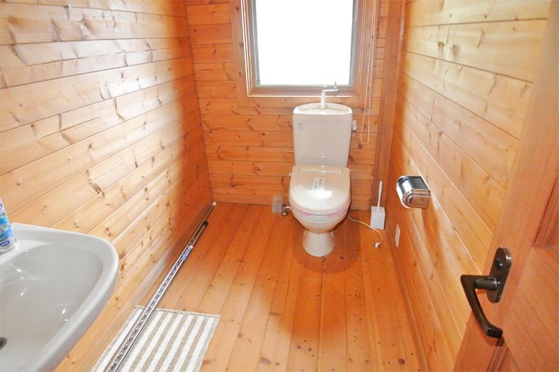 2階・水洗トイレ